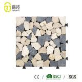 自己接着タイプの商業レストランのための白い大理石の石造りのタイルのプラスチック製のデッキの床のマット