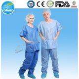 PPの病院の衣類の忍耐強いガウン、濃紺PPの隔離のガウン