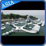 Sosta di galleggiamento gonfiabile dell'acqua, parco di divertimenti gonfiabile dell'acqua per i giochi dell'acqua