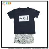 セットされる有機性綿の赤ん坊の摩耗OEMの赤ん坊の衣服