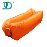 容易に空気膨脹可能なたまり場のソファーを使用しなさい