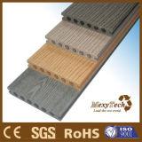 El diseño europeo recicla el suelo al aire libre de madera sólida WPC del grano de madera