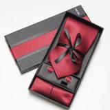 高品質の絹のネクタイ/Scarf /Golvesのためのペーパーギフト用の箱