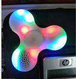 Mini altavoz plástico de Bluetooth del hilandero de la persona agitada con la luz del LED