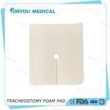 外科創傷包帯のFenestrated Ostomy銀製PUの泡の創傷包帯