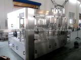 Remplissage d'eau potable de produit et machine à emballer chauds