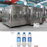 Embotelladora plástica completamente automática de agua de botella