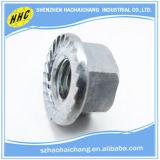 車CNCの精密スタッドのボルトおよびナットのために使用される