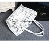 女性のための普及した良質の穴があいた卸し売り肩のハンドバッグ