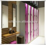 A prova de água 2 Tiers Plain / Woodgrain Color Athletic Phenolic Lockers / HPL Compact Laminate Board