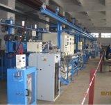 XLPEのための放出のおおうライン、PVCの電源コード、押出機