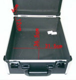 La caja de herramientas de aluminio grande negra puede agregar el kit del hardware del rectángulo del equipo del instrumento de la insignia