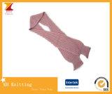 겨울 동안 두건을%s 가진 새로운 디자인 뜨개질을 하는 스카프