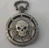 Vigilanza antica di ripristino vuota della pietra preziosa di modi del cranio di rilievo della lega
