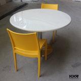 Tabelas e cadeiras redondas de pedra artificiais modernas de jantar do círculo
