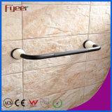 Fyeer keramisches niedriges schwarzes Badezimmer-zusätzliche Messingtuch-Zahnstange