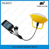 Un mini kit solare delle due lampadine con il caricatore del telefono del USB