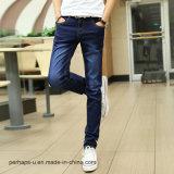 I jeans degli uomini all'ingrosso di alta qualità dimagriscono i pantaloni del cotone di stirata