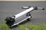Scooter électrique pliable de fibre de carbone avec la batterie de longue vie