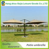 Décalage de luxe de patio de côtés de double arrêtant le parapluie extérieur de Poolside