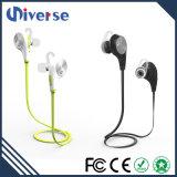 Auscultadores impermeáveis sem fio V4.1 de Bluetooth da manufatura de China com o microfone para o esporte