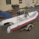 Los militares del material los 7.6m de la orca proveen de costillas el barco inflable para la venta
