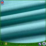 Tissu enduit ignifuge imperméable à l'eau de rideau en arrêt total de tissu de polyester tissé par textile de tissu de T/C
