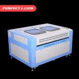 De dubbele Machine van de Gravure van de Laser van Hoofden Scherpe voor het Kledingstuk en de Textiel van het Leer