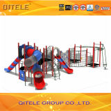 Напольное оборудование спортивной площадки с физическими частями для детей