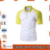 Sports élégants de logo de marque jaunes et T-shirt blanc de polo de coton