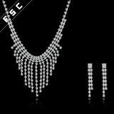 Conjunto nupcial de la joyería de los modelos nuevos del diseño simple de la venta al por mayor de la joyería de China