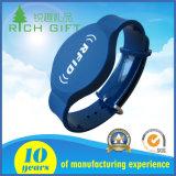 Wristbands feitos sob encomenda do silicone de RFID com logotipo personalizado forma