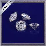 보석을%s 영구히 Moissanite 1개의 화려한 방석에 의하여 잘리는 백색 합성 다이아몬드