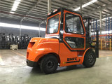 Diesel de Snsc Forklift de 3 toneladas com a cabine à venda de Rússia