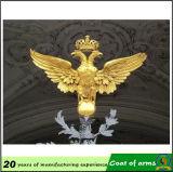 Emblème en métal de forme d'aigle d'or
