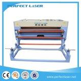 Tela que introduce de Aoto máquina de cuero del cortador del grabador del laser del paño