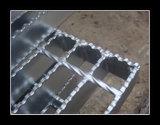 Râpage galvanisé antidérapant dentelé d'acier
