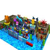 A melhor casa de madeira comercial interna do jogo do navio de pirata da venda 2016