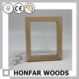 Frame de madeira da foto do bebê do frame branco da colagem 3 com argila