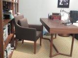Cadeira de madeira da sala de visitas da cadeira do sofá do couro do estilo de 2016 formas (C-52)