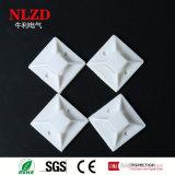 Support d'enveloppes de relation étroite du nylon PA66 d'accessoires de câble