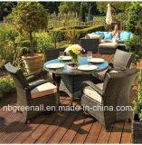 Tabela da cadeira do Rattan da mesa redonda de 4 Seater que janta mobília ao ar livre ajustada