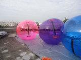 Aufblasbares Luftblasen-Kugel-Spielzeug für das Spielen auf Wasser