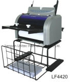 Da máquina de papel do dobrador da venda direta A4 da fábrica produtos originais Lf4420