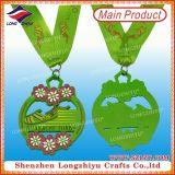 Concesiones de las medallas de los deportes para los cabritos con insignia de encargo