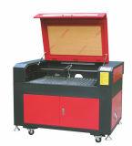 De Laser die van Co2 Scherpe Machine voor Houten/Acryl/Glas/Leer graveren (6090)