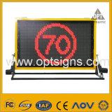 A mensagem variável portátil do tráfego do diodo emissor de luz de Optraffic assina Vms montados caminhão