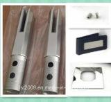 ステンレス鋼の正方形のコアによってあけられるガラス栓