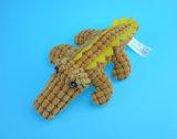 Brinquedo do crocodilo para o cão que joga com três cores