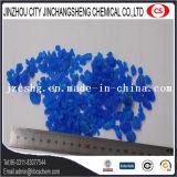 Кристалл цвета пентагидрата медного сульфата голубой